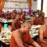 Lễ Pchum Ben vẫn diễn ra tại Campuchia bất chấp dịch COVID-19