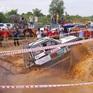 """Hình ảnh đầy """"bùn đất"""" từ giải offroad """"hành xe"""" lớn nhất Việt Nam"""