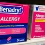 FDA cảnh báo về sự nguy hiểm từ thử thách uống thuốc dị ứng Benadryl trên TikTok