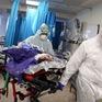 Số trẻ Iran nhập viện vì COVID-19 tăng khiến phụ huynh lo ngại