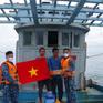 Cảnh sát biển cứu tàu cá bị trôi dạt nhiều ngày