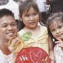 Trọng Hiếu Idol khoe ảnh vui Trung thu với các em bé