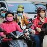 Người dân TP Hồ Chí Minh thích thú với thời tiết lạnh kỷ lục