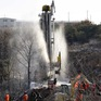 12 thợ mỏ Trung Quốc trong vụ sập mỏ vàng được cứu sống