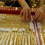 Giá vàng trong nước trên mốc 56 triệu đồng/lượng