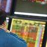 Thị trường liên tục rung lắc, VN-Index giảm điểm