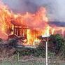 Hỏa hoạn thiêu rụi một căn nhà cùng lượng lớn tiền mặt