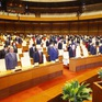 Quốc hội dành 1 phút mặc niệm đồng bào, cán bộ chiến sĩ đã từ trần, hi sinh vì COVID-19