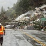 Mưa bão lớn đổ xuống California, gây sạt lở, ngập lụt trên diện rộng