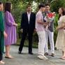 Hương vị tình thân tập cuối: Cả gia đình tặng hoa đón Nam trở về nhà
