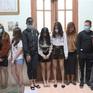 Bất chấp lệnh đóng cửa do COVID-19, 24 thanh niên vẫn tụ tập sử dụng ma túy trong quán karaoke