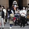 Nhật Bản lần thứ 2 liên tiếp gia hạn tình trạng khẩn cấp ở Tokyo và 3 tỉnh lân cận