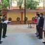 Bắt quả tang 2 đối tượng dùng thuyền đưa 5 người vượt biên sang Lào