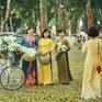 Loa kèn cuối mùa trên con đường lãng mạn nhất Hà Nội