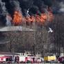 Cháy lớn trong đêm, nhà máy lịch sử Nevskaya Manufaktura ở St. Petersburg có nguy cơ đổ sập