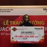 Nam nhân viên văn phòng trúng số Vietlott gần 142 tỷ đồng