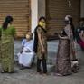 """Chậm giải mã trình tự gene, Ấn Độ trở thành """"điểm mù"""" trên bản đồ chống dịch của thế giới"""