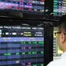 VN-Index tăng gần 5 điểm