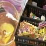 Nguy cơ ngộ độc từ đồ chơi, đồ ăn không rõ nguồn gốc bày bán tràn lan ở cổng trường học