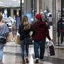 Người tiêu dùng toàn cầu tiết kiệm 5,4 nghìn tỷ USD trong đại dịch