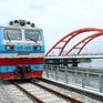 Bộ Tư pháp nói đúng luật, Bộ GTVT bảo lưu quan quan điểm, đường sắt nguy cơ dừng chạy tàu