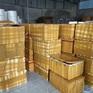 Phát hiện kho hàng chứa hàng trăm chai rượu nhập lậu