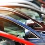 Mua xe ô tô chênh giá không còn là chuyện lạ ở Mỹ