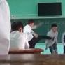 Chấm dứt hợp đồng lao động với thầy giáo tát, đá học sinh trên bục giảng