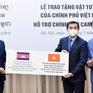 Việt Nam cử chuyên gia và tặng thiết bị y tế giúp Lào và Campuchia chống COVID-19