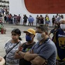 Vừa triển khai tiêm chủng đã hết vaccine, nhiều người Brazil giận dữ
