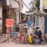 Phong tỏa nơi ở của 2 nhân viên BV Bệnh Nhiệt đới TP Hồ Chí Minh nhiễm COVID-19