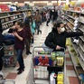 """Các cửa hàng tạp hóa ở Mỹ """"phấn khởi"""" khi vật giá tăng cao"""