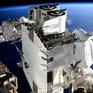 2 phi hành gia đi bộ ngoài không gian suốt 6 tiếng thay pin cho trạm ISS
