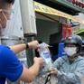 Tặng thuốc và các sản phẩm chống dịch các trường hợp tự cách ly tại nhà ở TP Hồ Chí Minh