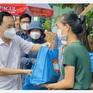 Túi an sinh xã hội: Nỗ lực của TP Hồ Chí Minh song hành cùng người dân vượt qua đại dịch
