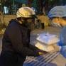 Hà Nội: Nhóm tình nguyện trao hàng trăm suất ăn mỗi ngày cho người khó khăn vì COVID-19