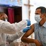 Một số quốc gia Trung Đông dẫn đầu thế giới về tỷ lệ tiêm vaccine