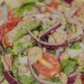 Hướng dẫn làm món salad đậu trắng cá ngừ cực đơn giản lại giàu dưỡng chất