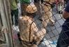 Hà Nội: CSGT bị ô tô tông thẳng, kéo lê hàng chục mét
